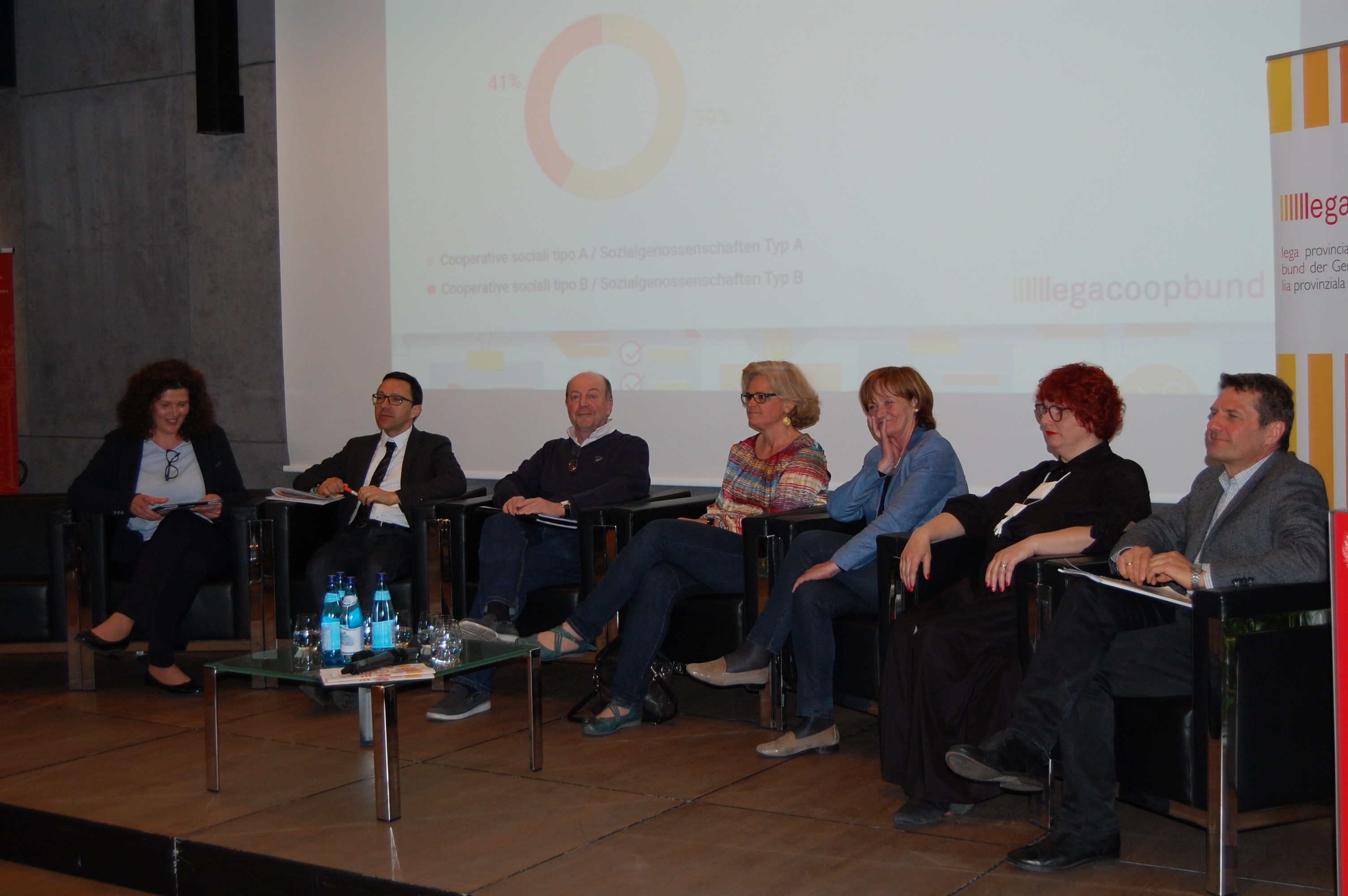 tavola rotonda conferenza cooperative sociali 2.0