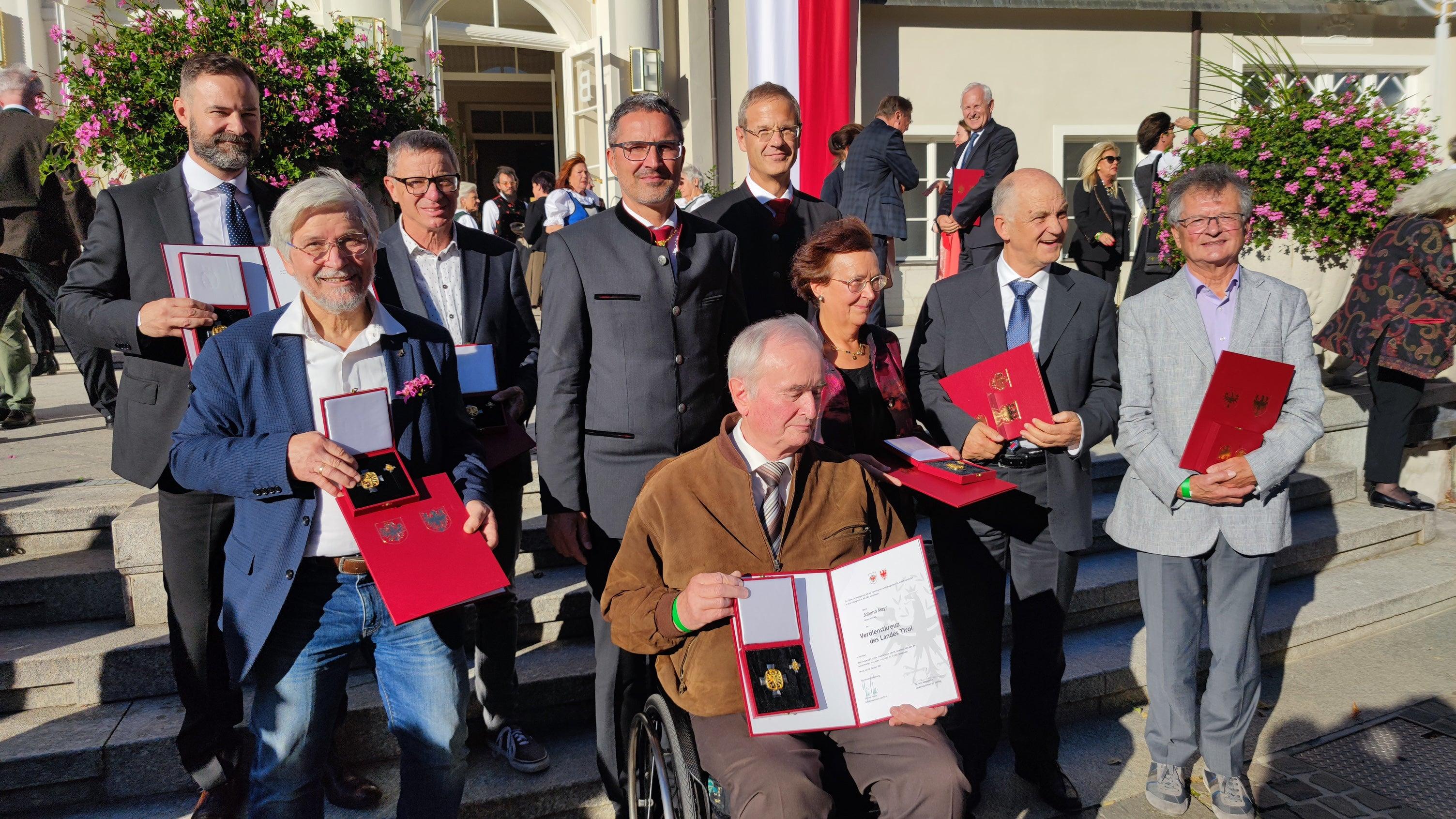 Verdienstkreuz des Landes Tirol auch für Rudi Dalvai, Vorsitzender der Genossenschaft Weltladen Bozen